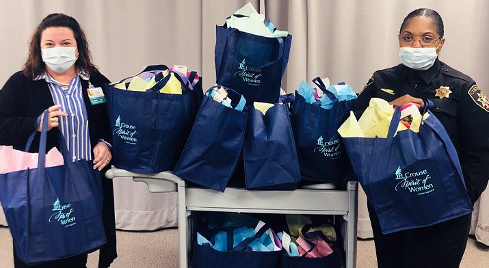 Crouse Delivers Gift Bags to Moms